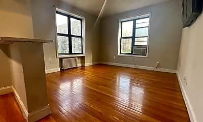 Living Room, 815 W 180th St 42, 1