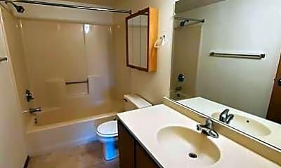 Bathroom, 310 Mc Kinley St, 2