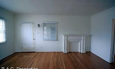 Living Room, 10839 Moorpark St, 1
