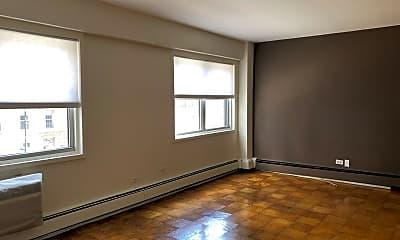 Living Room, 40 Sutton Pl  unit 3, 0