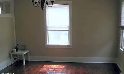 Bedroom, 5860 Forward Ave, 1