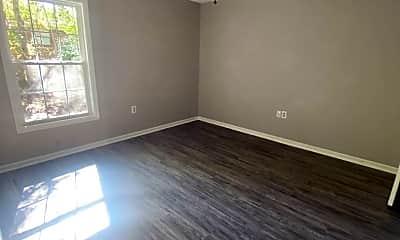 Living Room, 100 Lanier Dr, 1
