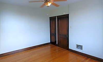Bedroom, 4989 Arsenal, 1