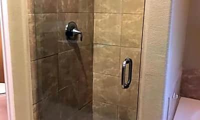 Bathroom, 51685 Avenida Navarro, 1
