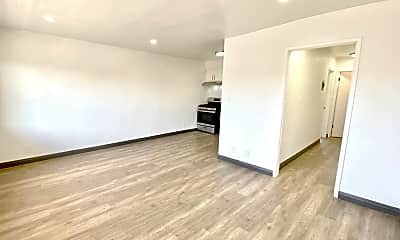 Living Room, 2301 S Ridgeley Dr, 0