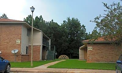 Daugherty Road Apartments, 2