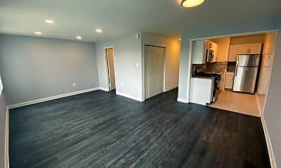 Living Room, 10201 Grosvenor pl, 2
