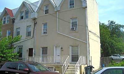 Building, 3611 Warren St, 1