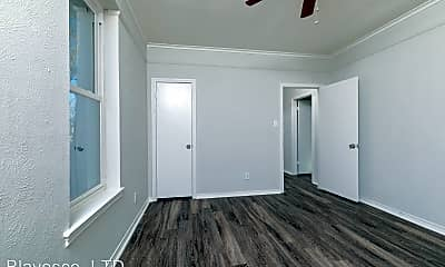 Bedroom, 5700 Pershing Ave, 2