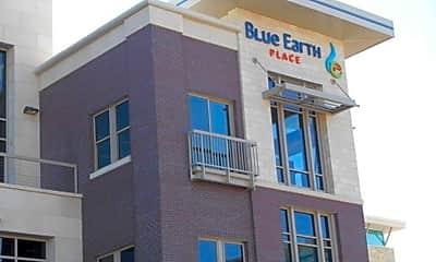 Building, 227 Blue Earth Pl, 2