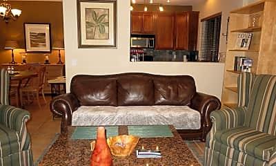 Living Room, 3440 N 38th St 106, 1