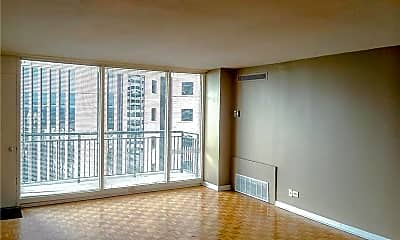 Living Room, 620 Peachtree St NE 1512, 1