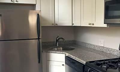 Kitchen, 2200 Fairmount Ave, 1