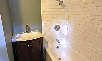Bathroom, 1415 Springwood Ave 2, 2