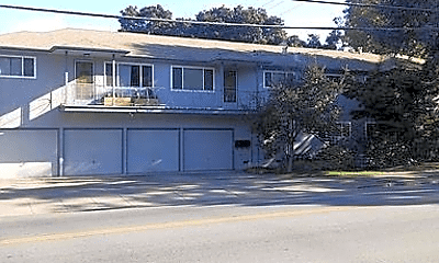 Building, 391 Oak Grove Ave, 2