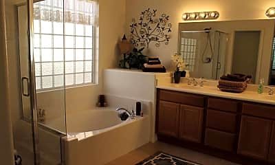 Bathroom, 49499 Pacino St, 2