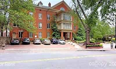 Building, 229 N Poplar St 35, 2