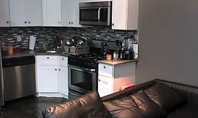 Kitchen, 265 Woodbine St, 2