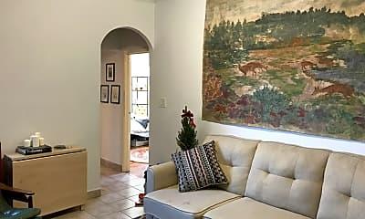 Living Room, 168 Huron St, 0