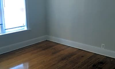 Living Room, 430 Linden Ave, 1