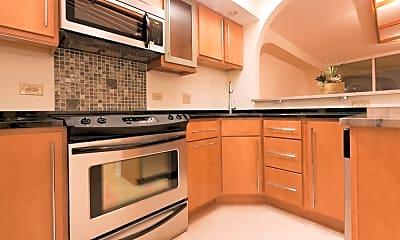 Kitchen, 300 N State St 3111, 1