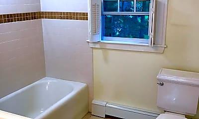 Bathroom, 22 Cleveland Rd, 2