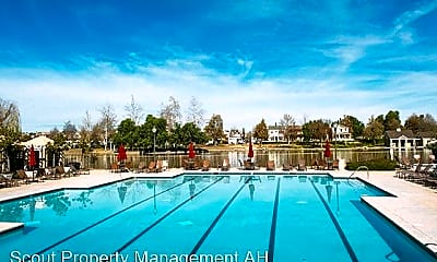 Pool, 40229 Rosewell Ct, 2