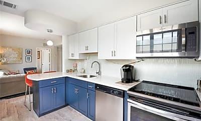Kitchen, 1051 Meridian Ave, 0