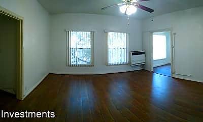 Living Room, 512 S Glendale Ave, 0