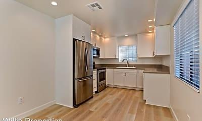 Kitchen, 4553 Terrace Dr, 1