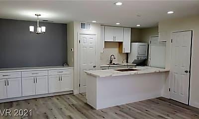 Kitchen, 1291 Elizabeth Ave 2, 0
