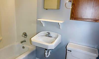 Bathroom, 2103 Green Ave, 2
