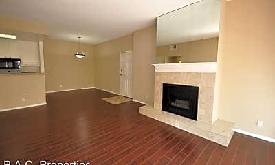 Living Room, 11594 Moorpark St, 1