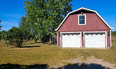Building, 549 Ridge Rd, 1