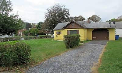 Building, 409 E Emaus St, 1