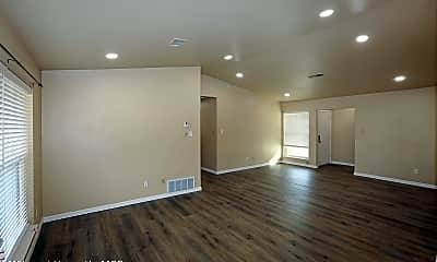 Living Room, 3615 Teckla Blvd, 1