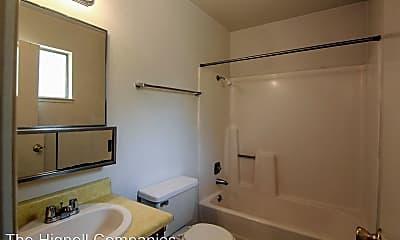 Bathroom, 296 Boulder Creek Dr, 2