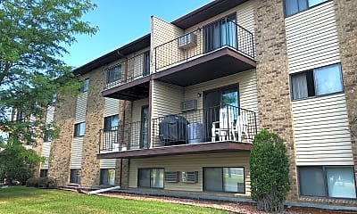 Edgewood Court Apartments, 2