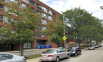 Roslyn Apartments, 0