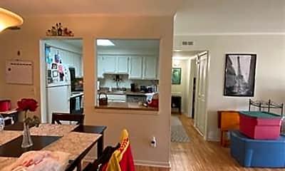 Living Room, 36052 Ann Arbor Trail 401, 1