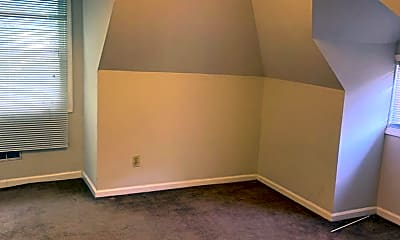 Bedroom, 329 Oldham Ave, 2