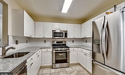 Kitchen, 44082 Natalie Terrace 102, 0