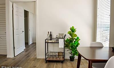 Living Room, 303 NE 6th Ave, 1