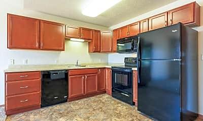 Kitchen, Dakota Commons Townhomes and Apartments, 1