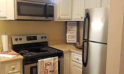 Kitchen, Cross Creek Apartments, 2