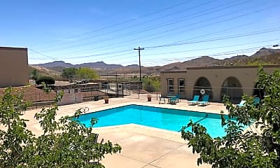 Pool, Wallington Plaza, 1