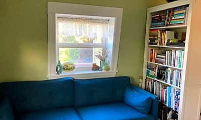 Living Room, 1600 Francisco St, 1