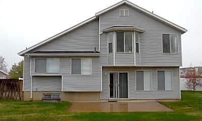 Building, 1450 N 1100 E, 2