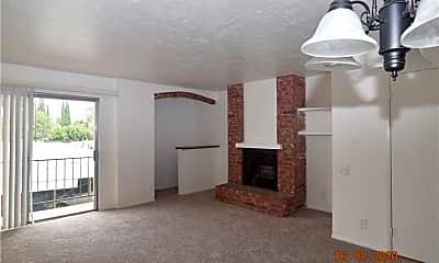 Bedroom, 21219 Roscoe Blvd 213, 1
