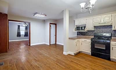 Kitchen, 1202 S Alder St, 1